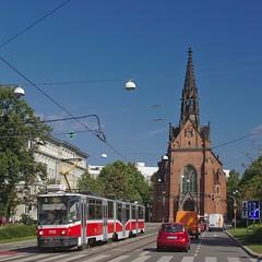 2017-08-15 CZ Brno-střed, Komenského náměstí, Červený kostel, KT8D5N 1732 linka 6