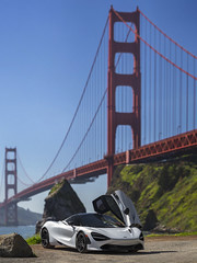 Image by Desert-Motors Automotive Photography (7326152@N04) and image name McLaren 720S at the Golden Gate Bridge photo