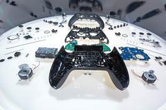In Einzelteilen zerlegter, auseinandergebauter Elite 2 Series Spielecontroller
