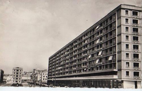 ALGERIE LA MAISON-CARREE , LES NOUVEAUX IMMEUBLES H.B.M.