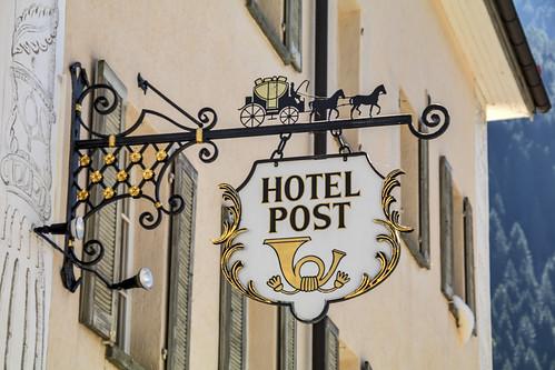 Schild Hotel Post