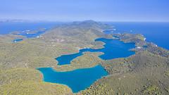 Luftbild der Seen Veliko Jezero und Malo Jezero im Nationalpark Mljet, Kroatien