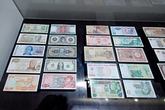 Billets de banque - Photo of Rumont