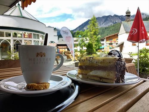 Kaffee mit Torte .... (154136855)