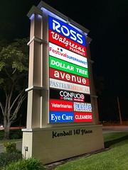 Strip Center Signs