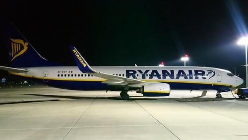 RYANAIR. B737NG. EI-EVY. DUBLIN AIRPORT. 25 AUGUST 2019.