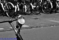 Amsterdam em preto-e-branco