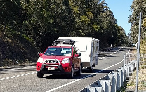 Nissan X-Trail on the Thunderbolt Way Ward's River NSW