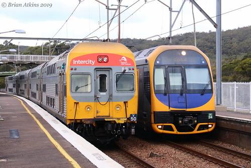 IMG_7276 EMU set V50 N153 Set H24 243F Awaba 26.8.19_1