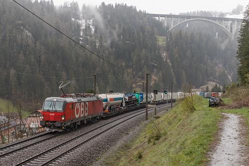 ÖBB 1293 040 en RoLa. St. Jodok am Brenner