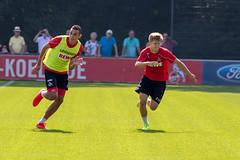 Fußballspieler Vincent Koziello beim Trainingsspiel mit dem Fußballligist 1. FC Köln