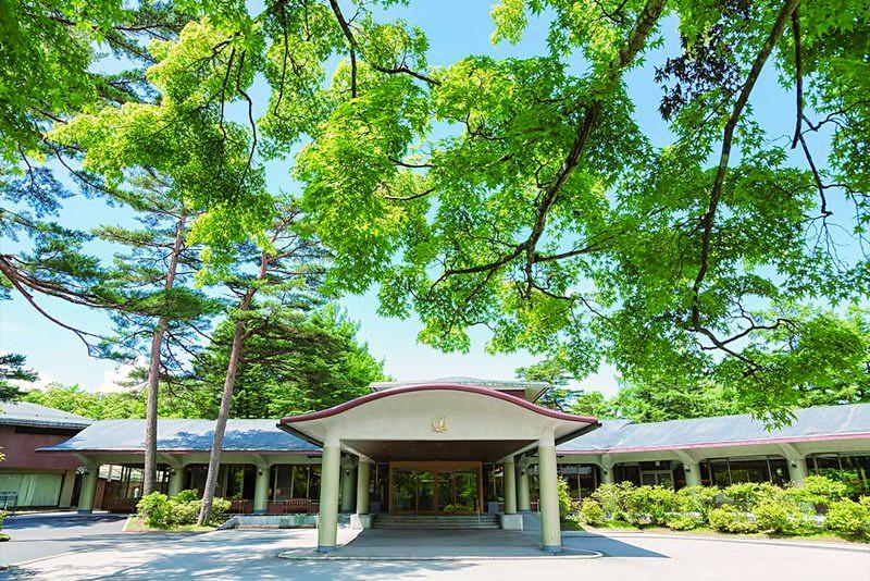 Karuizawa Prince Hotel East 1