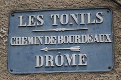 Les Tonils, Drome