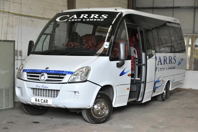 R4CAR (YN09HDV)
