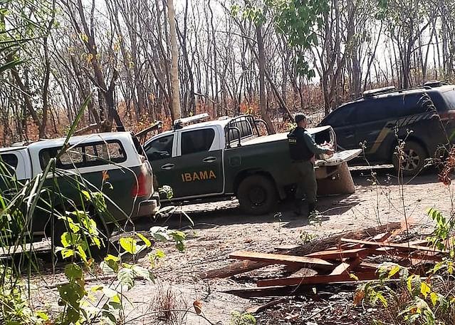 Inpe alertou em maio sobre incêndios que acabaram devastando terra indígena no MT