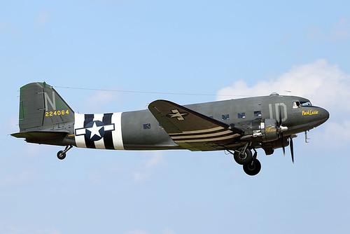 DC-3C Dakota N74589