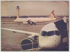 DFW Dallas International Airport.Texas United Airlines 49924