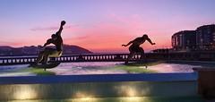 Fuente de los surfistas en A Coruña