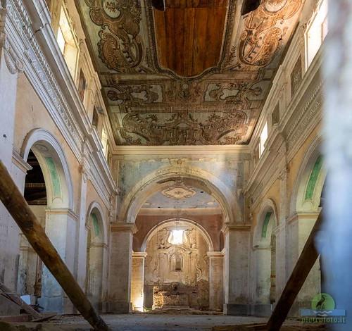 Chiesa di San Nicola a Roscigno Vecchia