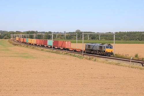 Crossrail DE6307 X-RAIL 92 80 1266 102-3 Laar - Landen 31-08-2019
