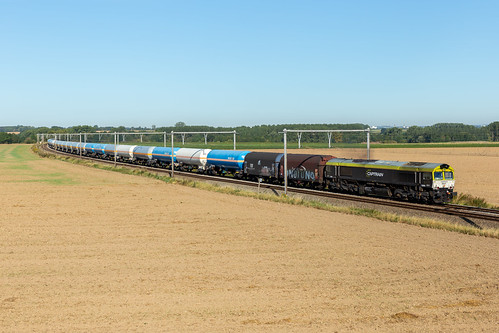 Railtraxx 6601 + Intervormingstrein 42575