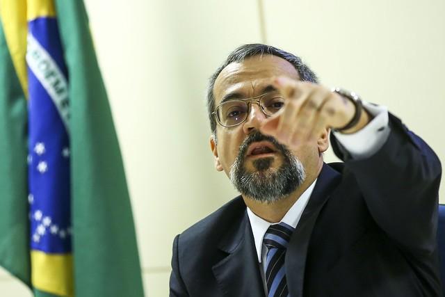 O ministro da Educação Abrahan Weintraub, um dos responsáveis pelos cortes - Créditos: Marcelo Camargo | Agência Brasil