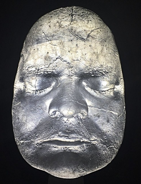 skleněná tavená plastika obličej