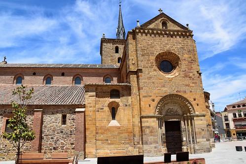 Iglesia de Santa María del Azogue (Benavente, Castilla y León, España, 8-6-2019)