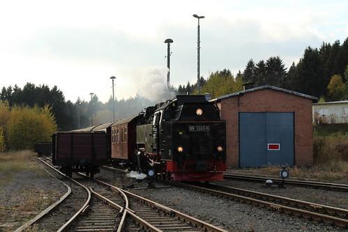 2018-10-21; 0127. HSB 99 7245-6 met trein 8929. Benneckenstein.