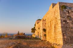 Festung George der Dritte auf der Insel Vis, Kroatien mit Blick auf das Adriatische Meer
