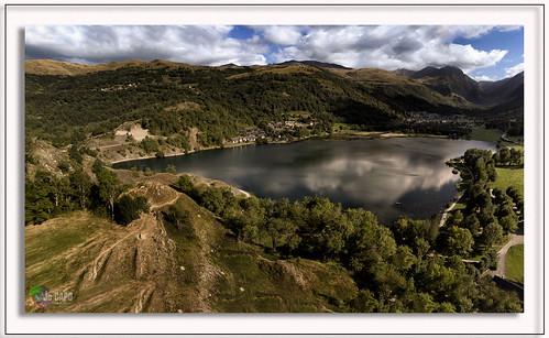 """Panorama Lac""""Un lac réfléchit mieux les étoiles qu'une rivière."""" De Théodore Jouffroy"""