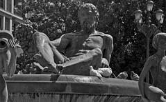 Triton, Plaza de la Virgen