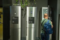 Siemens iQ300, iQ500 und iQ700 Einbaukühlschränke mit Gefrierkombination, mit LowFrost-Technik und LED-Beleuchtung