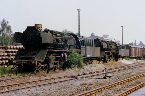 DR: Abgestellte Dampfloks der BR 50.35 in Oschersleben