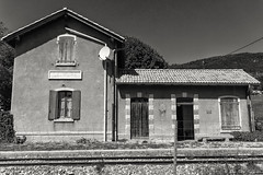 Gare de la Mure-Argens - Photo of Allons