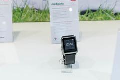 2in1 Smartwatch von Medisana: Blutdruckmessuhr BPW 100 Connect mit E-Ink Display