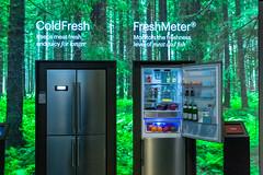 Intelligente Grundig Kühlschränke: ColdFresh hält Lebensmittel länger frisch und FreshMeter überwacht die Haltbarkeit von Fleisch und Fisch