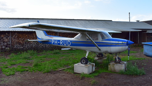 Reims-Cessna F.150 c/n F150-1163 registration PH-RUD