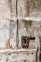 Porte en bois. Colmars - Photo of Entraunes