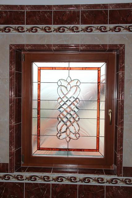 vitráž s fazetami