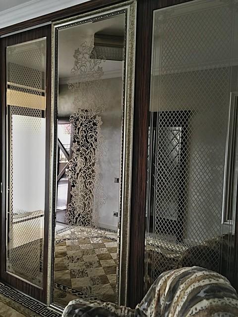 luxusní zrcadlo s pískováním