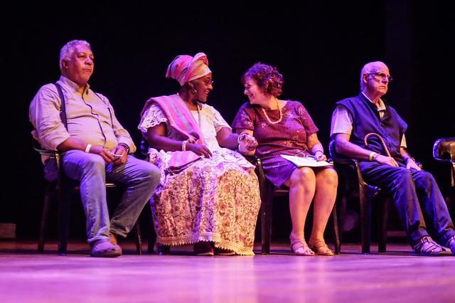 Evento ocorreu no teatro da PUC, em São Paulo - Créditos: Mídia Ninja