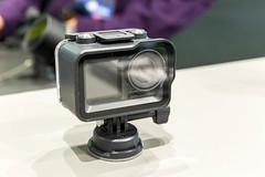 Kleine DJO Osmo Action Kamera mit Schutzgehäuse