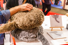 Pet replacement: therapeutic cushions by Qoobo with a wagging tail