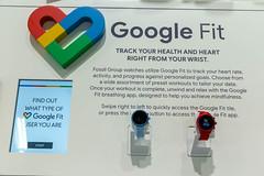 Fossil Group Smartwatches mit Google Fit, für Herzfreqenzmessung und sportliche Aktivitäten