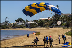 Tandem para landing on Queens Beach Redcliffe-3=