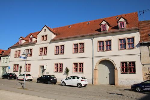 Sangerhausen: Wohnhaus am Jutta-von-Sangerhausen-Platz