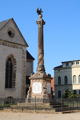 Sangerhausen: Kriegerdenkmal auf dem Jutta-von-Sangerhausen-Platz