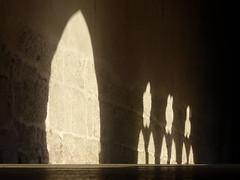 Cloître de St-Ursanne - ombre et lumière