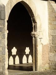 Cloître de St-Ursanne_ombre et lumière